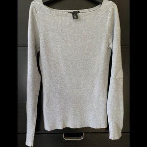 EUC White House black market sweater